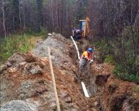 АО «Апатитыводоканал» в п. Умбы продолжает выполнение работ по замене магистрального водовода